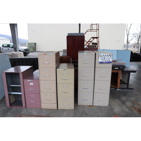 CUBICLE WALLS, DESK, CHAIRS, SOFA, FILE CABINETS, Selling Offsite: Located in Guntersville, AL