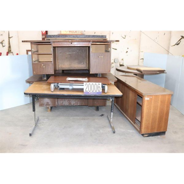 DESKS, TABLES, CABINET, Selling Offsite: Located in Tuscumbia, AL