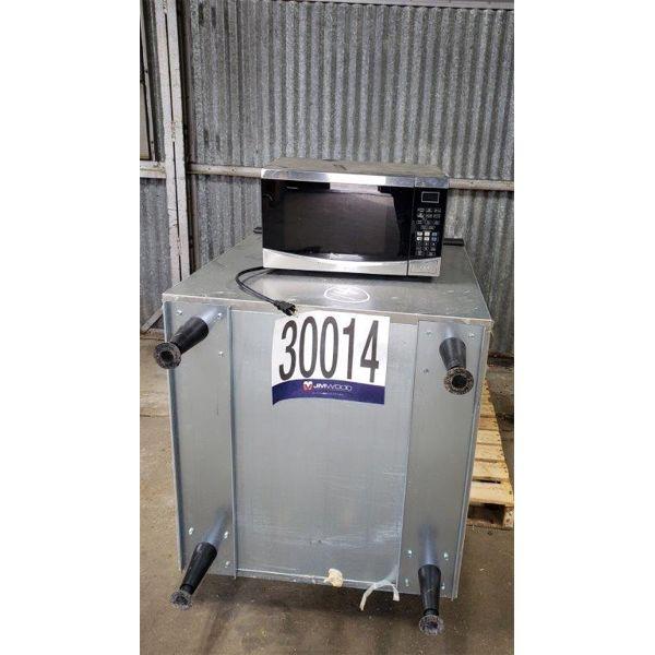 ICE MACHINE, MICROWAVE, Selling Offsite: Located in Birmingham, AL