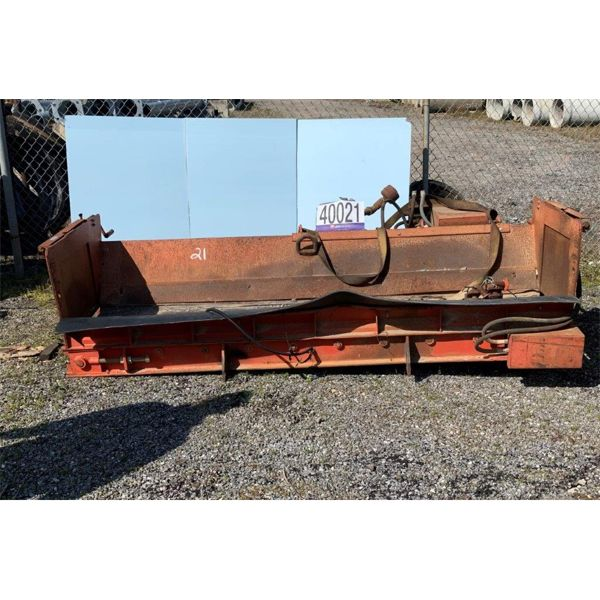 HYDRAULIC TRUCK MOUNTED CONVEYOR, Selling Offsite: Located in Alexander City, AL
