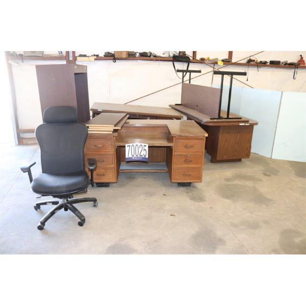 DESKS, BOOKCASE, CHAIRS, Selling Offsite: Located in Troy, AL