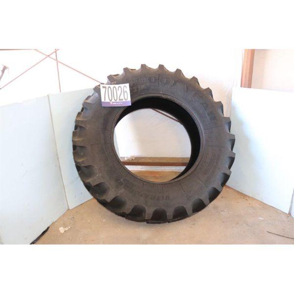 GOOD YEAR UTLRATORQUE 480/85R34 Tire