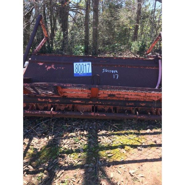 INDUSTRIAL SPREADER, Selling Offsite: Located in Grove Hill, AL