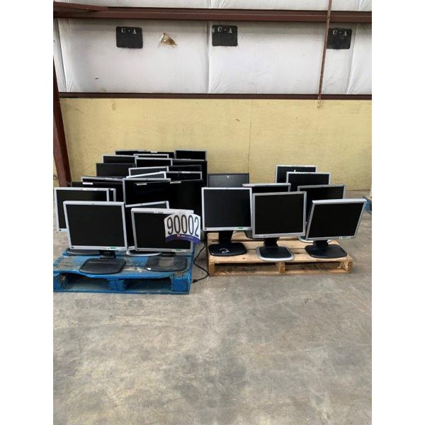 MONITORS, Selling Offsite: Located in Mobile, AL