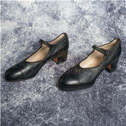 Frida – Frida Kahlo's (Salma Hayek) Customized Shoes – A819
