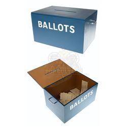 One Tree Hill (TV) – Homecoming Queen Ballot Box & Ballots - A267