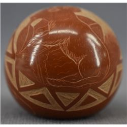SIOUX INDIAN POTTERY SEED JAR (ELMER RED STARR)