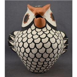 ACOMA INDIAN POTTERY OWL (HILDA ANTONIO)
