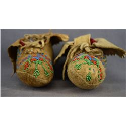 CREE INDIAN BABY MOCCASINS