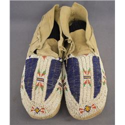 CHEYENNE INDIAN BEADED MOCCASINS