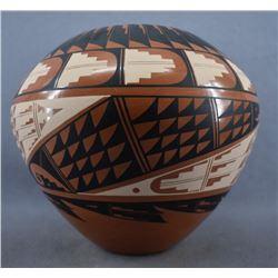 JEMEZ INDIAN POTTERY JAR (LORETTO)