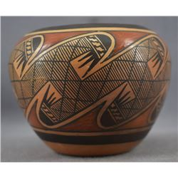 HOPI INDIAN POTTERY JAR ( TONITA HAMILTON NAMPEYO)