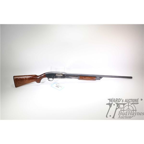 "Non-Restricted shotgun Stevens model 620, 12Ga 2 3/4"" pump action, w/ bbl length 28"" [Blued barrel a"