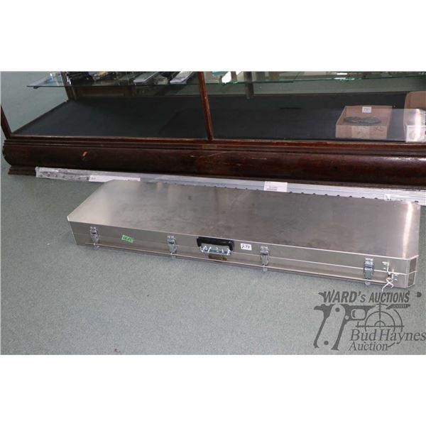 Cabalas aluminum foam lined locking rifle case
