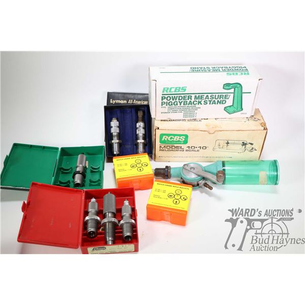Selection of loading supplies including RCBS power measure piggy back stand, still in box, a RCBS po