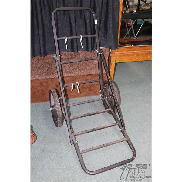 Collapsible two wheel game cart
