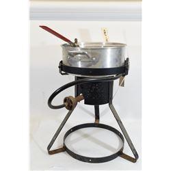 Deep Fryer w/ Pots
