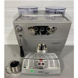 ARIETE DE LONGHI AUTOMATIC COFFEE / ESPRESSO MACHINE