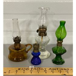 LOT OF 4 ANTIQUE MINI COLOURED GLASS OIL LAMPS