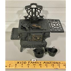 CRESCENT MINIATURE CAST IRON STOVE