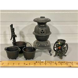 LOT OF MINIATURE CAST ITEMS - COFFEE GRINDER, WATER PUMP, STOVE