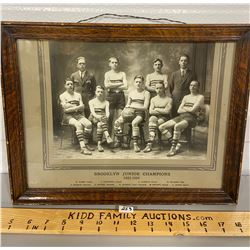 1923 - 1924 FRAMED PHOTO - BROOKLYN JUNIOR BASKETBALL CHAMPS