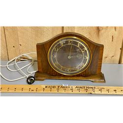 TEMCO MANTLE CLOCK