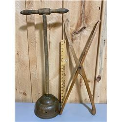 VINTAGE LAUNDRY TONGS & BRASS