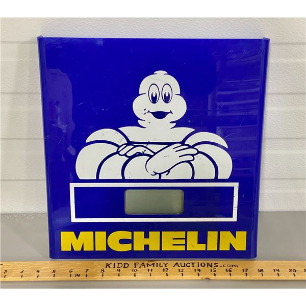 MICHELIN DIGITAL CLOCK - WORKING