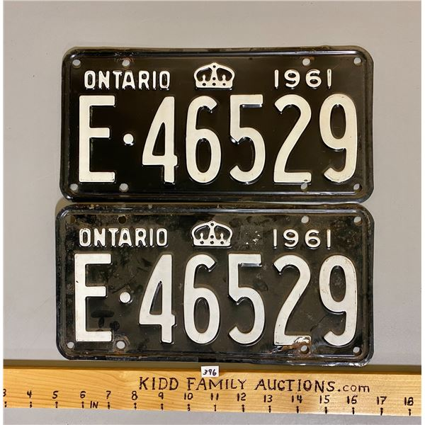 PAIR OF 1961 ONTARIO LICENCE PLATES