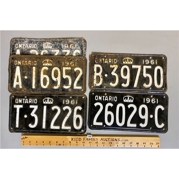 LOT OF 5 - 1961 ONTARIO LICENCE PLATES