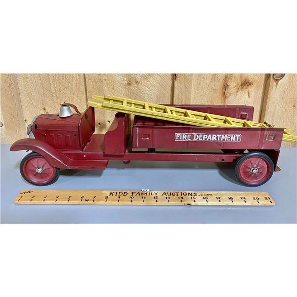 TIN FIRE TRUCK