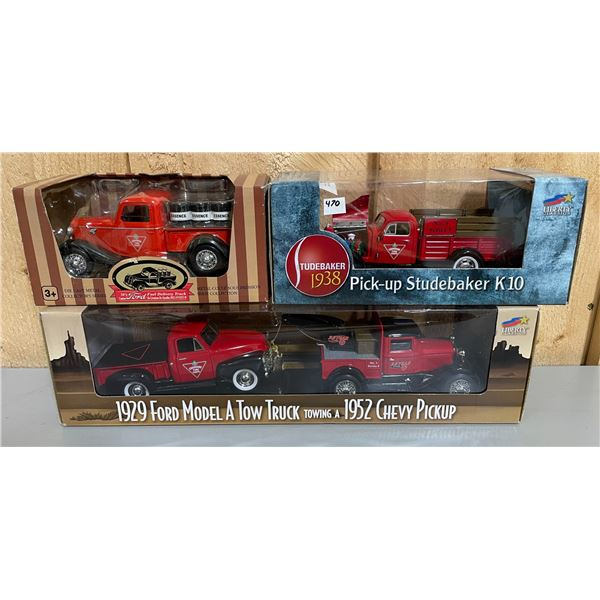 LOT OF 3 CANADIAN TIRE 1/24 SCALE DIECAST TRUCKS