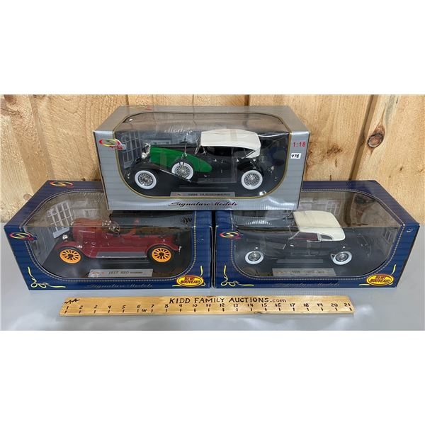 LOT OF 3 DIECAST CLASSIC VEHICLES 1/18 SCALE