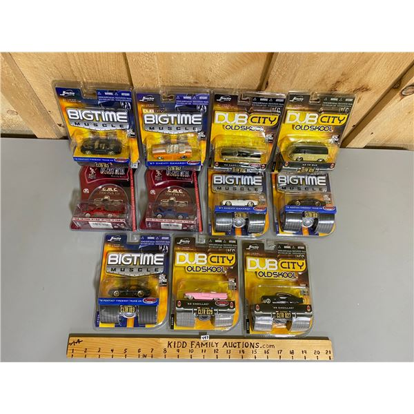 LOT OF 11 - 1/64 SCALE DIECAST VEHICLES