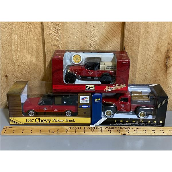 LOT OF 3 - CANADIAN TIRE 1/24 SCALE DIECAST TRUCKS