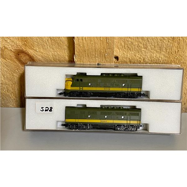 KATO - LOT OF 2 N SCALE TRAIN ENGINES W/ WORKING SOUND EFFECTS