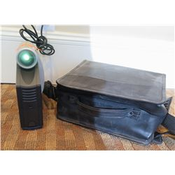 Compaq IPAQ MP1410 DLP Microportable Projector & Carry Case