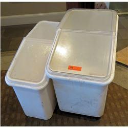 Qty 2 Plastic Food Storage Bins w/ Clear Lids