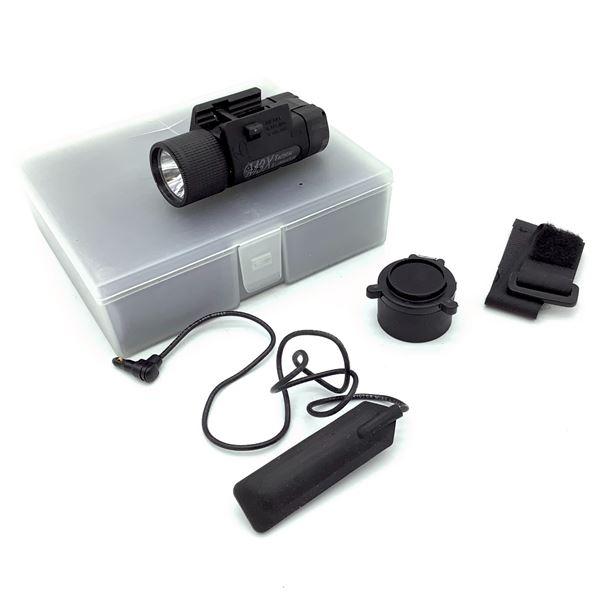 M3X Tactical Illuminator Flashlight & Mount Kit