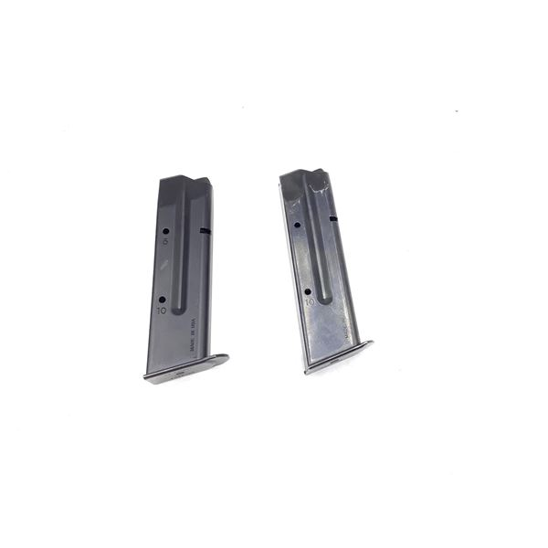 Two Sig Sauer P226, 9mm Magazines