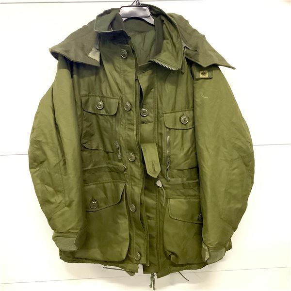 Canadian Military Extreme Cold Weather Parka, Size 7340