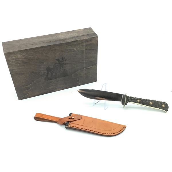 PUMA Jagdnicker Knife Model #6389 With Leather Sheath and Wooden Box