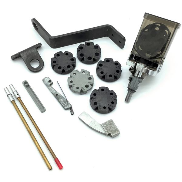 Lee Auto Disk Powder Measure with Extra Disks & Assorted Accessories