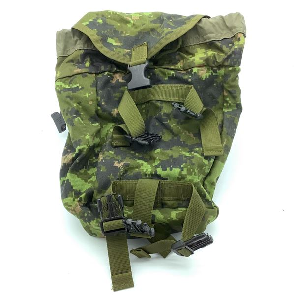 Canadian Military Rucksack Sustainment Pouch, Cad Pat