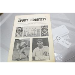1962 SPORTS MAGAZINE  FOR BASEBALL CARDS TY COBB