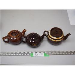 (3) VINTAGE TEAPOTS (2 HAVE CHIPS ON SPOUT)