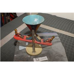 GENERAL METALS CANADA SAND PERPETUAL MOTION TOY