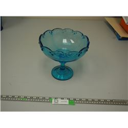 BLUE GLASS SERVING DISH (7 1/2 IN TALL)