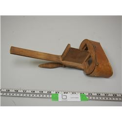 VINTAGE WOODEN STEREO SCOPE